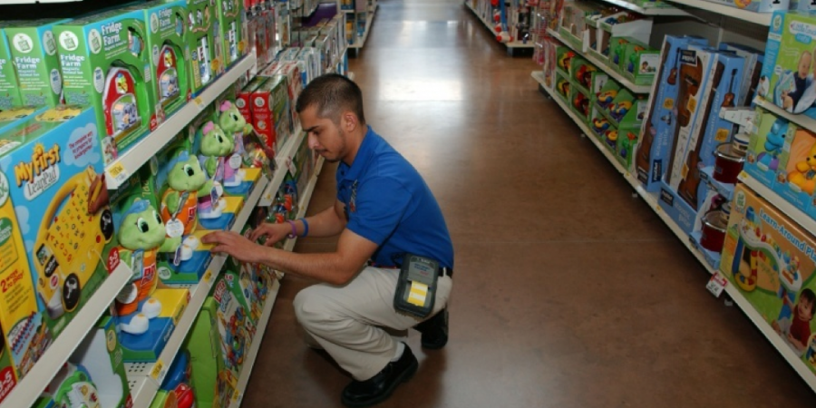 With Wal-Mart providing their customers with more than just the essentials at insanely low prices, it's no surprise that so many have decided to turn a ...
